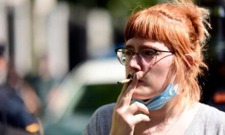 Spanja ndalon duhanpirjen për shkak të Covid-19