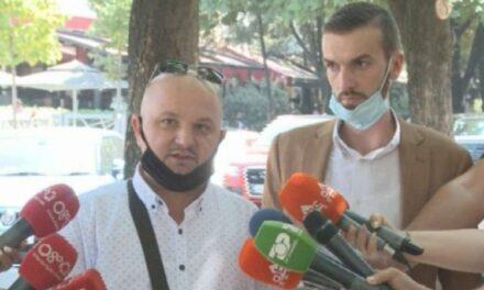 """Ylli Ndroqi në Polici, avokatët: Sulm politik! E ndaluan në rrugë dhe i sekuestruan """"Benzin"""""""