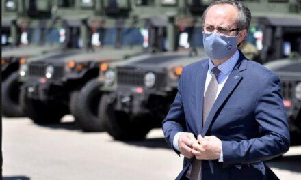 Xhandarmëria serbe në Kosovë, Hoti: Kufijtë janë të sigurt, s'ka vend për panik