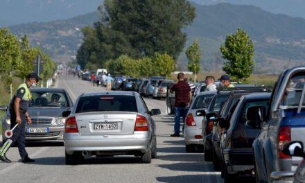 Meta: Qytetarët shqiptarë nuk mund të trajtohen si njerëz pa atdhe
