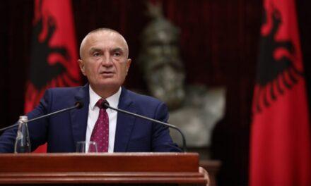 Presidenti Meta kërcënon me shpërndarje të Parlamentit: Le të më shkarkojnë po mundën