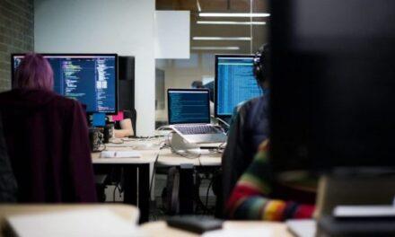 """""""Para të lehta"""": Skema e mashtrimit e një call center-i në Ballkan"""