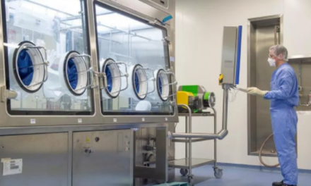 Në fabrikën që krijon vaksinën anti-Covid për Europën: Gati në 350 frigoriferë