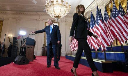 Pas dhëndrit, edhe Melania i kërkon Trump të pranojë humbjen