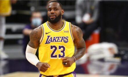 Lakers merr fitoren e parë, Curry hyn në librin e rekordeve