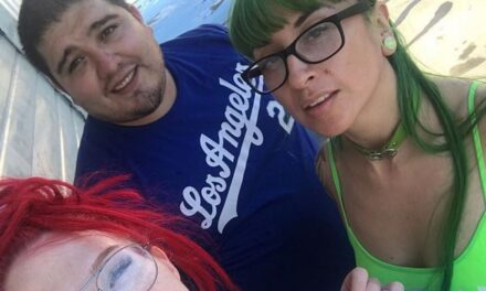 Burri me dy gra kërkon t'i lerë shtatzënë në të njëjtën kohë