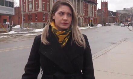 Bëhet virale! Gazetarja ngacmohet seksualisht gjatë raportimit direkt
