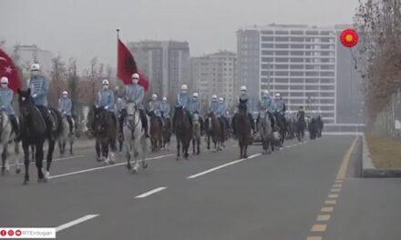 Me kuaj dhe limuzinë, si u prit Rama në Turqi