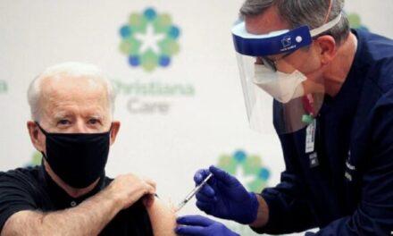 Joe Biden merr dozën e dytë të vaksinës Pfizer