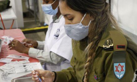 Izraeli planifikon të vaksinojë 2 milionë banorë deri në fund të janarit