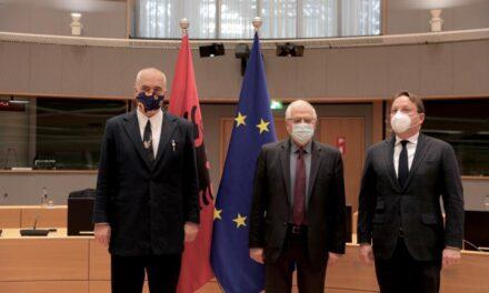 Rama në Bruksel, takohet me Borrell dhe Varhelyi