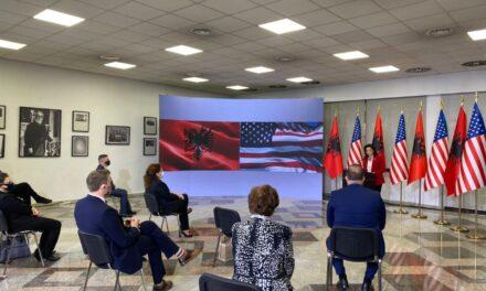 Kim: SHBA pret që Shqipëria të marrë më shumë përgjegjësi në rajon dhe botë