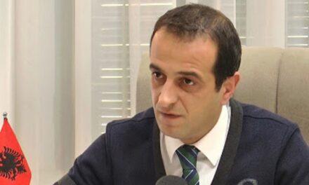 Lulzim Bashës i ka skaduar karta e identitetit ka dy vite/ Doracaj i sugjeron kryedemokratit ta rinovojë