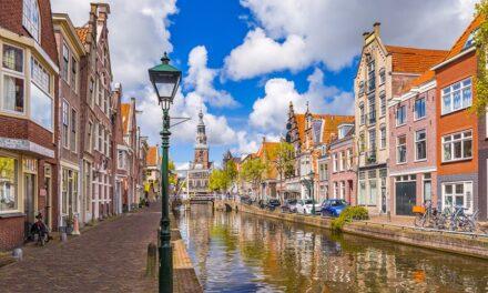 Sot mbyllen qendrat e votimit në Holandë, sondazhet tregojnë për një fitore të madhe të Mark Rutte