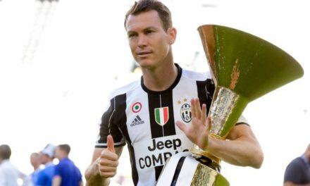 Thumbi i Lichtsteiner: Të lumtë Inter! E kuptove që duhen juventinë për të fituar