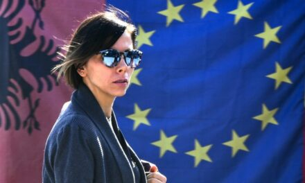 Nis fushata zgjedhore, apeli i BE: Debatoni për programet politike