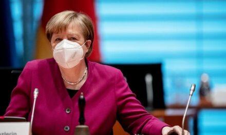 Merkel ndryshon qasjen, vaksina e AstraZeneca