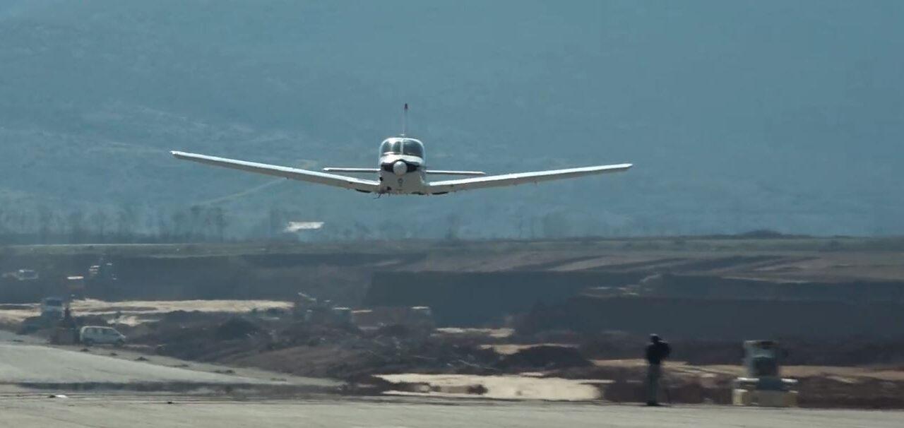 Testohet ulja e avionëve në Kukës, Rama thumbon kritikët: Janë 3D natyrisht