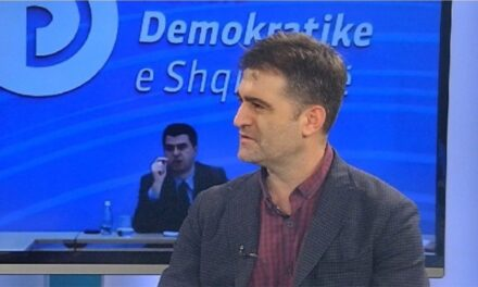 Një tjetër demokrat kërkon largimin e Bashës, Ibsen Elezi: Të shpëtojmë PD nga shkatërrimi