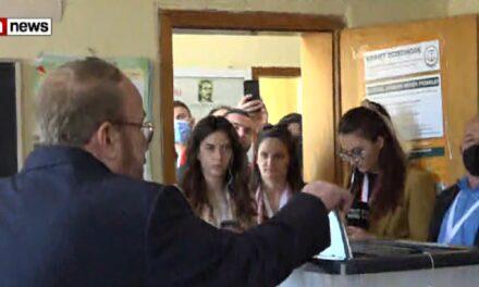 Voton Fatos Nano: Erdha që të nxis pjesëmarrjen në votime