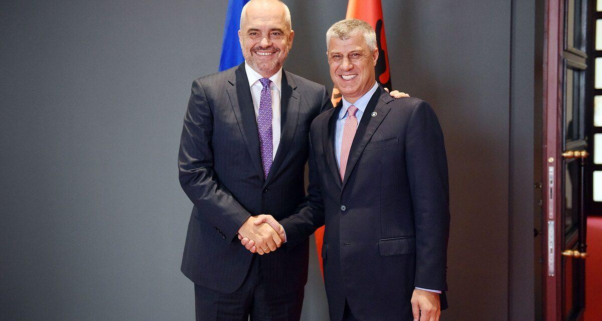 Thaçi uron Ramën nga burgu i Hagës: Sot, dielli ngrohte zemrën e shqiptarit brenda meje