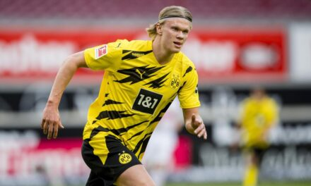 Raiola: Borussia nuk do ta shesë Haaland, por unë nuk jam dakord