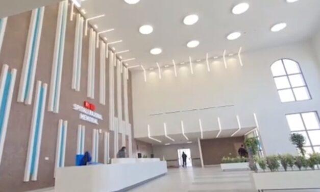 """Rama publikon pamje nga spitali i Fierit: Ja dhe hyrja e """"stallës"""""""
