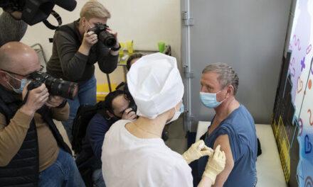 """""""Vaksinat nuk kanë ideologji""""/ Rusja """"Sputnik"""" do të mbërrijë në Gjermani"""