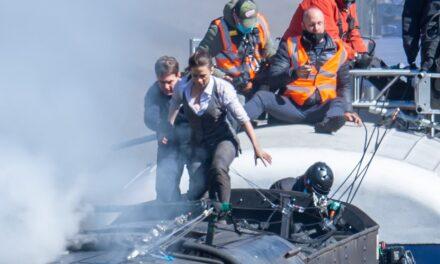 Tom Cruise, superhero edhe në jetën reale. Shpëton kameramanin që po binte nga treni