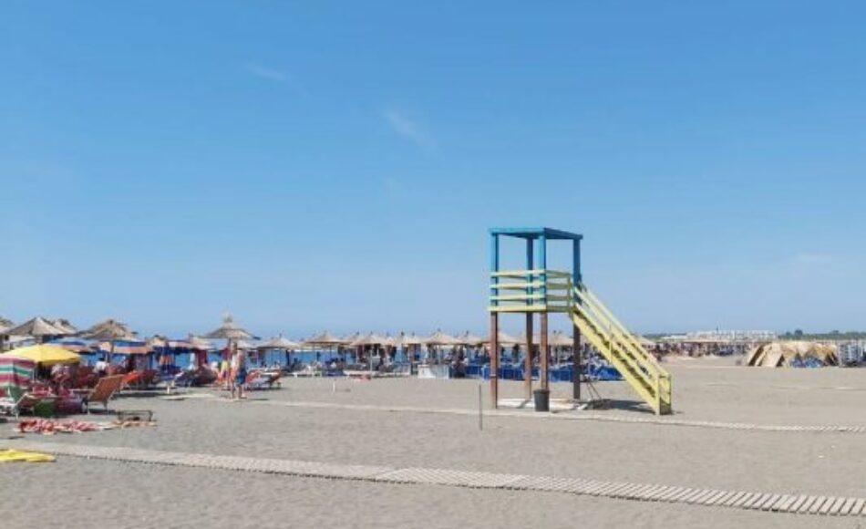 Burokracitë dhe zvarritjet fajësohen për mungesën e sigurisë në plazhe