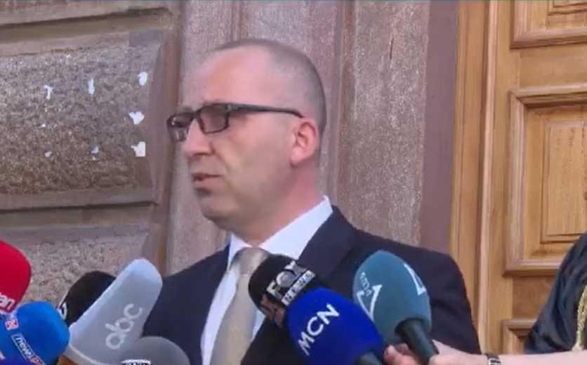 Seanca për Teatrin, Dervishaj: Kuvendi nuk i rivlerësoi konstatimet e Presidentit, ndryshoi procedurat që ligji të dukej si i ri