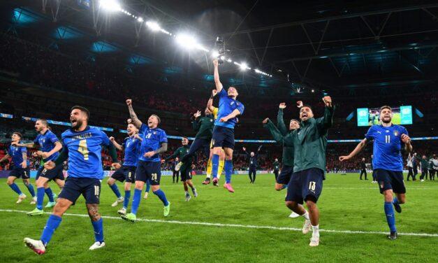 Italia, finalistja e parë e Europianit, mposht me penallti Spanjën