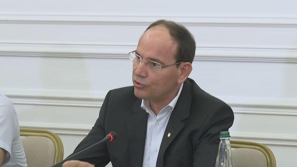 """Nishani kritika për Kuvendin: Teatër absurd, Basha u tregoi """"dhëmbët"""" demokratëve. Shpëtimi i PD-së është sot një mision"""