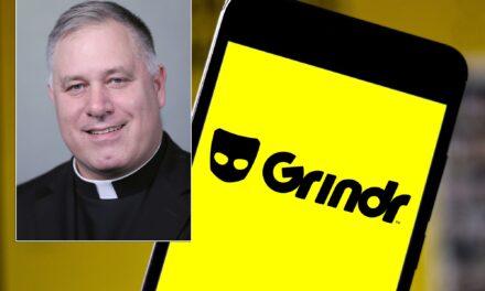 """Përdori aplikacionin """"Grindr"""" për t'u takuar me burra, jep dorëheqjen zyrtari i lartë i Kishës Katolike në SHBA"""
