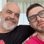 Djali i George Soros kalon pushimet në Shqipëri dhe poston foton me Ramën: Kënaqësi të takohem me mikun tim!
