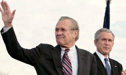 Ndërron jetë ish-Sekretari amerikan i Mbrojtjes, Donald Rumsfeld