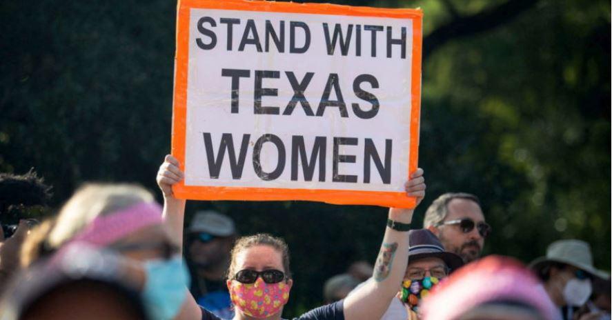 Një gjykatës bllokon ligjin anti-abort në Teksas, një 'fitore' për Bidenin