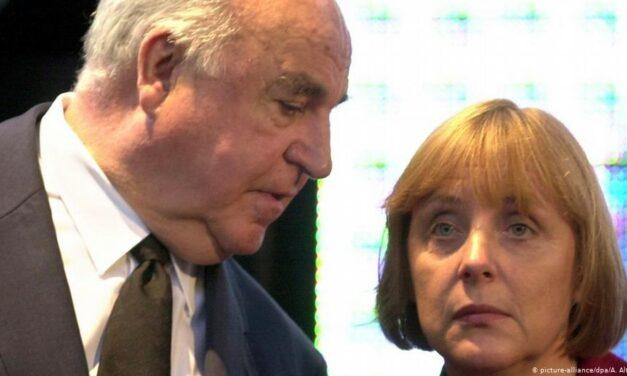 """Grushti i Angela Merkelit kundër """"babait"""" të saj politik"""