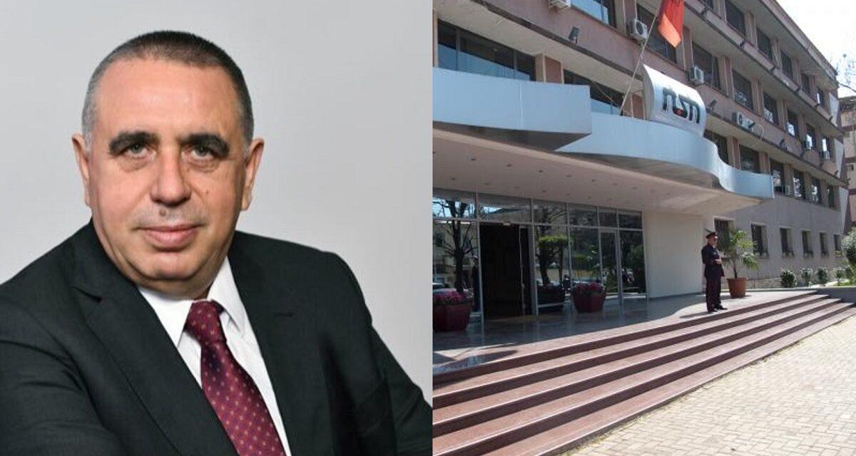 U arrestua nga SPAK për abuzim me tenderin/ Thoma Gëllçi padit RTSH-në: Më është cenuar reputacioni! Kërkoj dëmshpërblim financiar dhe pagat mujore